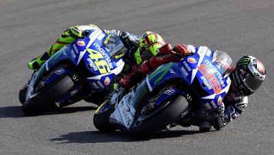 Ini Hitungannya Jika Rossi Ingin Jadi Juara Dunia MotoGP 2015