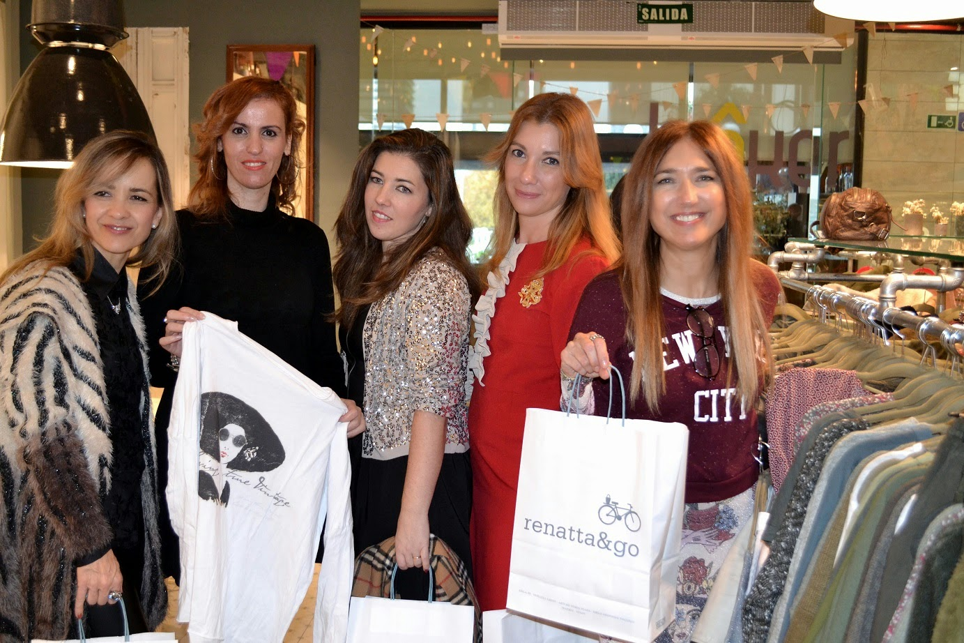 Feria Vintage, CC Moda Shopping, Lorenzo Caprile, Costa Coffe, Renatta and Go, Evento Blogger, street style, Moda Vintage, Cool, Tendencia, Fashion, Carmen Hummer