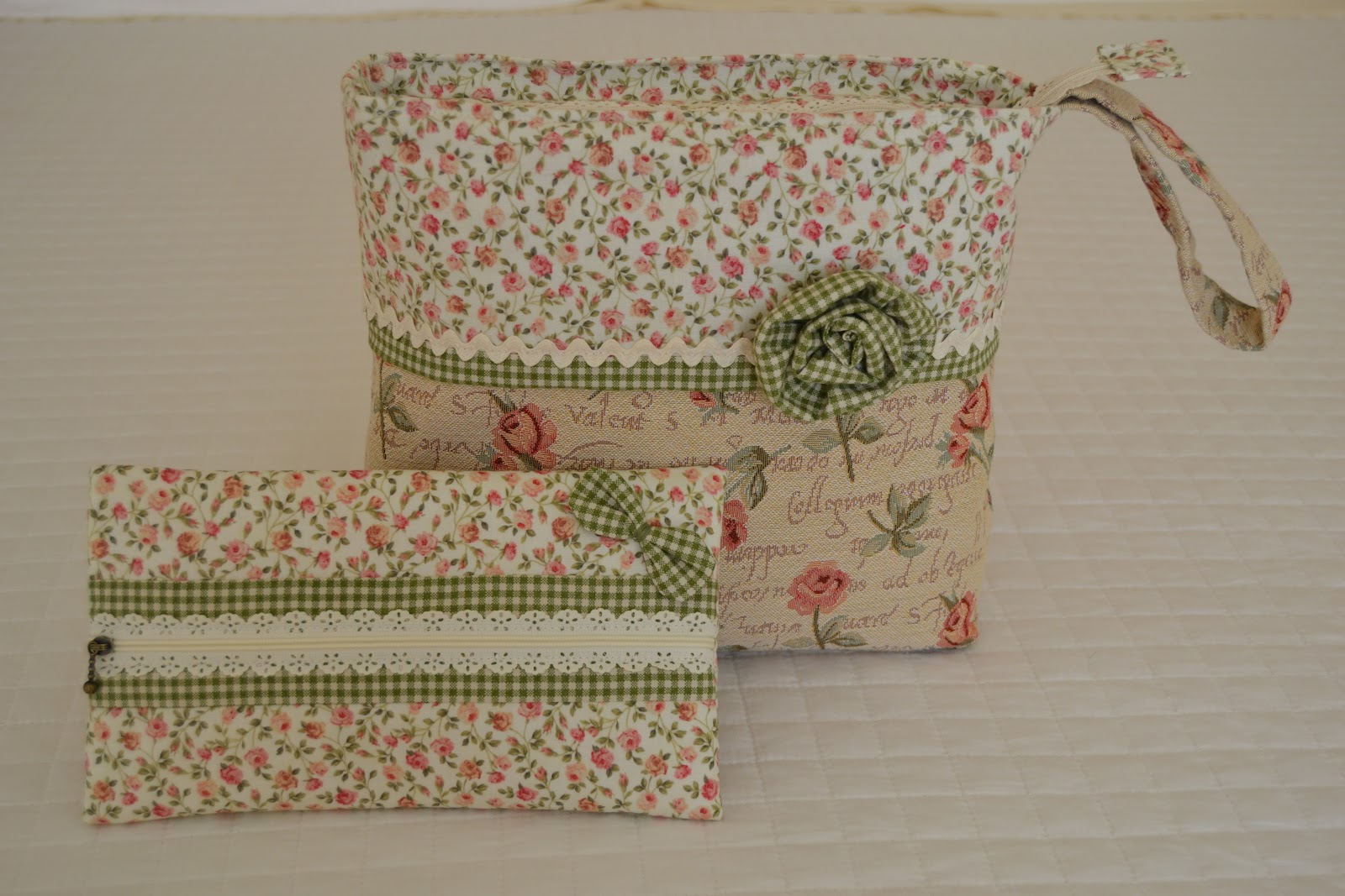 couture deco on pinterest tour de lit tuto sac and liberty. Black Bedroom Furniture Sets. Home Design Ideas