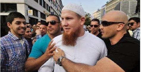 هل تعلم من هذا الرجل ؟؟؟ هذا الرجل عندما يسير في شوارع المانيا تهتز الارض من تحته!!