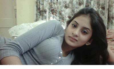 Sexy pakistani college girl