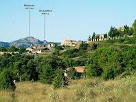 Granera i el seu castell amb el Montcau i els Cortins al fons