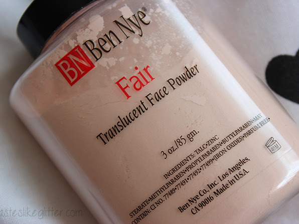 Ben Nye Translucent Face Powder - Fair.