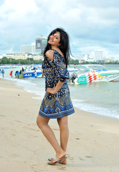 vimala raman from caca photo gallery