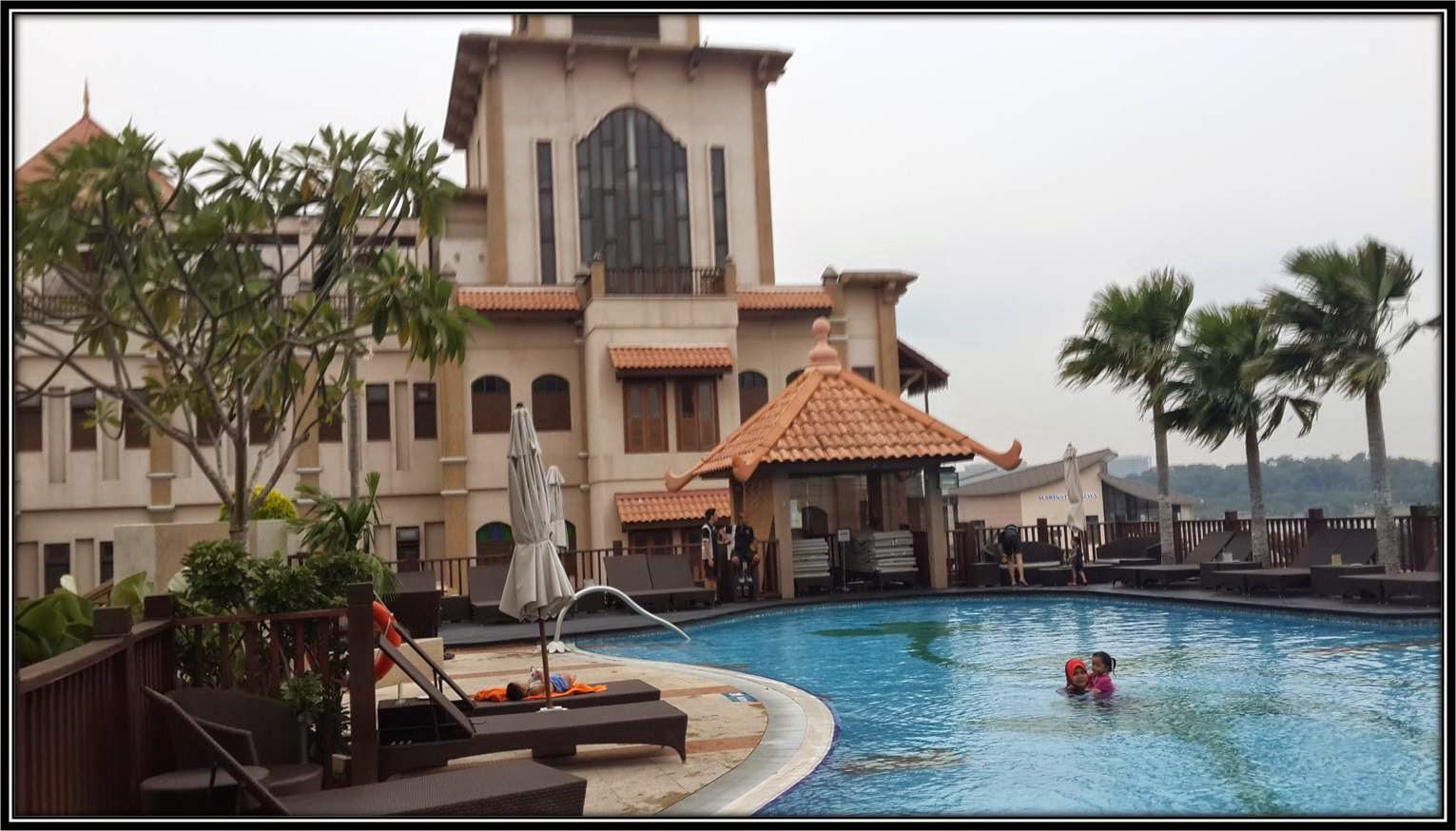 Share The Love Hotel Pullman Putrajaya Swimming Pool Part4