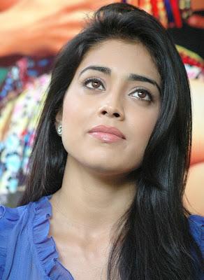 http://1.bp.blogspot.com/-HsFQXQJOEvg/Ta__azhAqGI/AAAAAAAAAXQ/CcvXFwpONSs/s1600/Tamil-Actress-Shriya-Saran.jpg