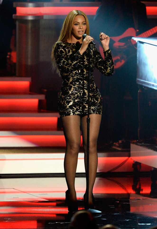 Beyonce will sport a pair of House of Borgezie Princess Constellation stilettos in her video