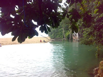 Sungai Tamborasi sungai terindah di indonesia