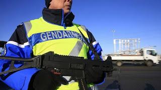 Συνθήκη Σένγκεν: Επιβεβαιώνει τo ενδεχόμενο για κλείσιμο συνόρων η Κομισιόν - ΘΑ ΚΑΝΟΥΝ ΤΗΝ ΕΛΛΑΔΑ ΦΥΛΑΚΗ ΛΑΘΡΟΜΕΤΑΝΑΣΤΩΝ