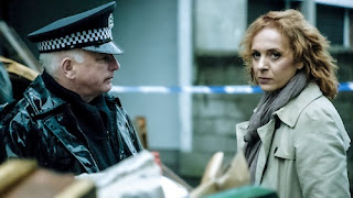 Barry (GARY LEWIS), DCI Louise Munroe (AMANDA ABBINGTON) in Case Histories 2 on BBC1