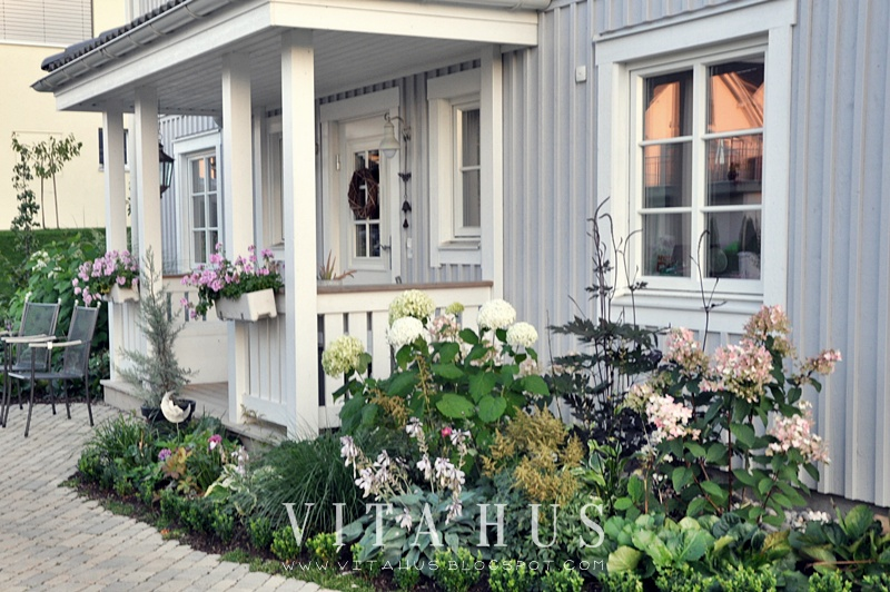 Vita hus von aussen ulmer kopfsteinpflaster muschelkalk vitahus - Skandinavisches gartenhaus ...