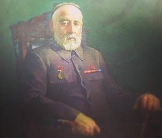 Садриддин Айни
