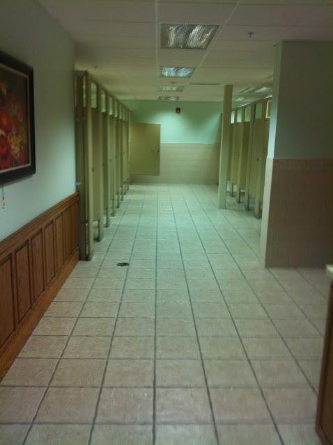 Shipshewana bathroom