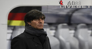 Liputan Bola - Joachim Loew puas dengan keberhasilan timnas Jerman lolos ke putaran final Piala Eropa 2016