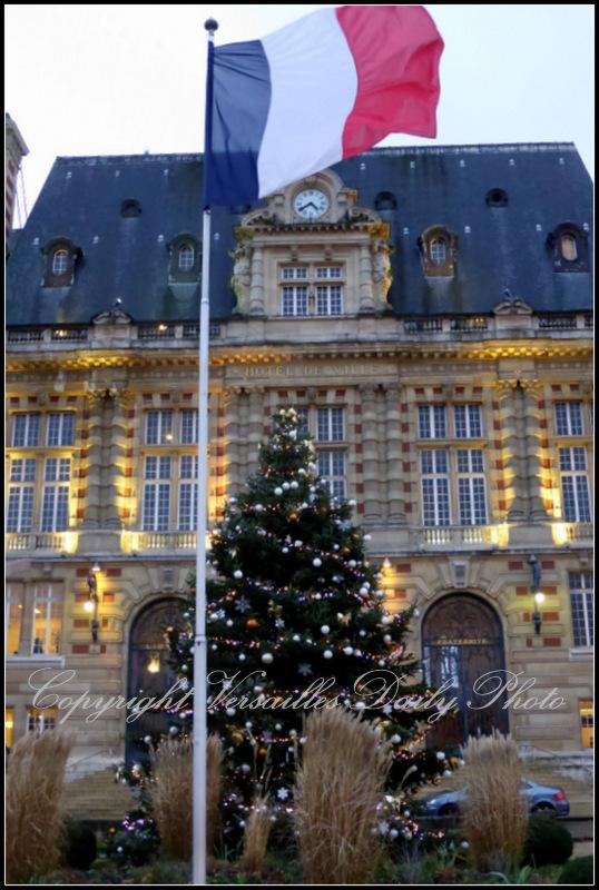 Town hall mairie Versailles Christmas Noël