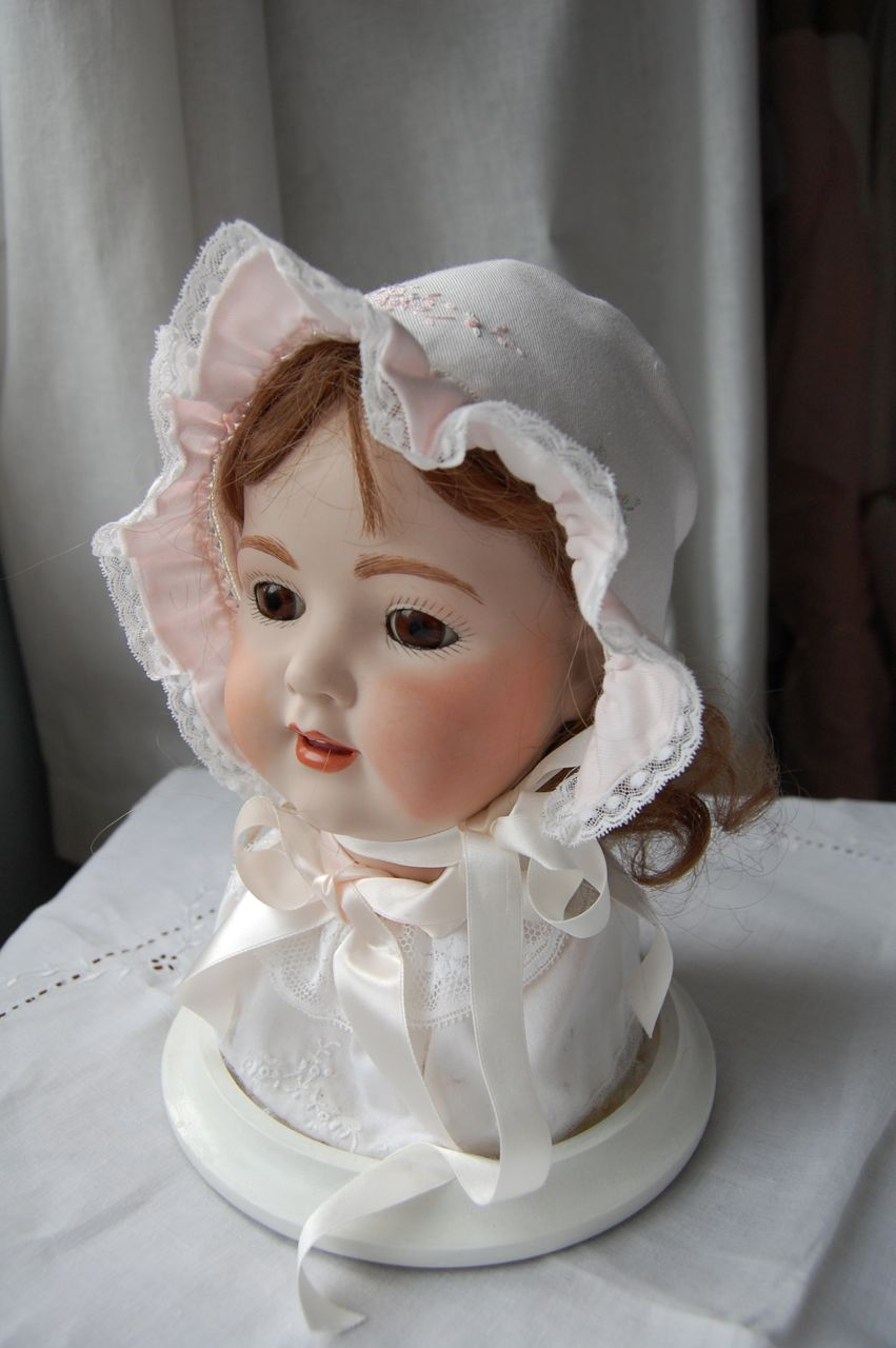 Old Fashioned Baby Bonnets 28