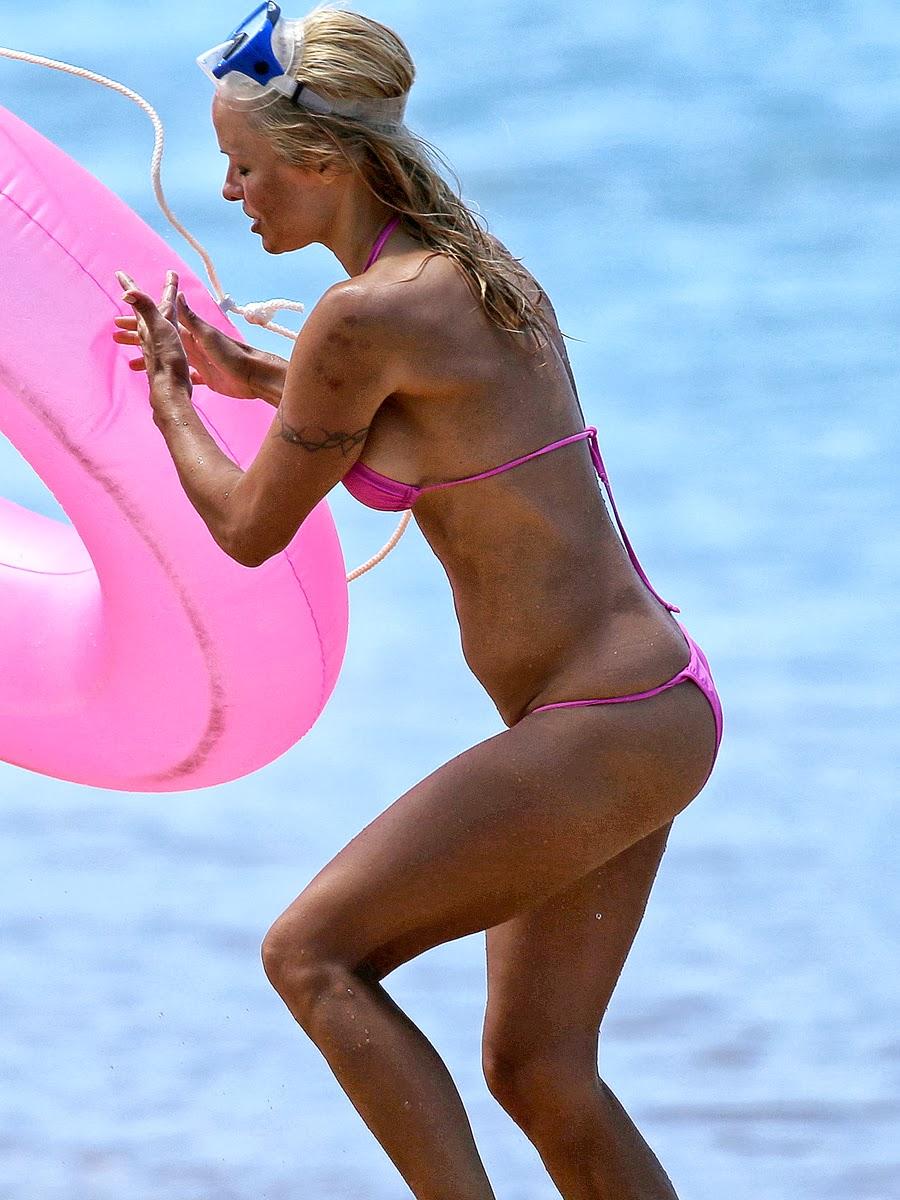 Pamela Anderson In Pink Bikini Summer