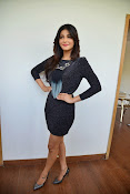 Shruti Haasan Glam pics-thumbnail-26