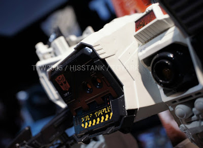 Hasbro 2013 Toy Fair Display Pictures - Transformers Titan Class Metroplex