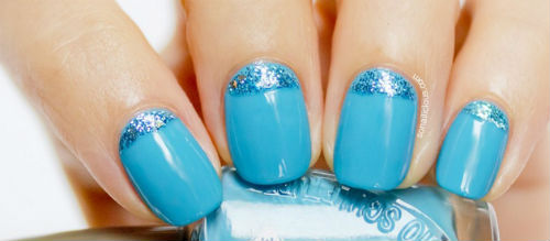 unas decoradas azul