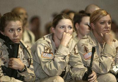 http://1.bp.blogspot.com/-Htw7fqy63Bs/UYm5kke8dlI/AAAAAAAANAo/Dg6savhLYxI/s1600/woman-army.jpg