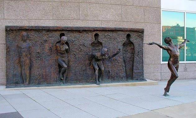 art-sculptures-statues-4