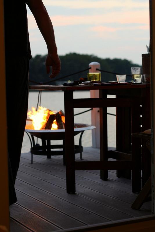 Abendstimmung auf dem Gudelacksee und ich glaube, der Kapitän tanzt... | Arthurs Tochter Kocht by Astrid Paul