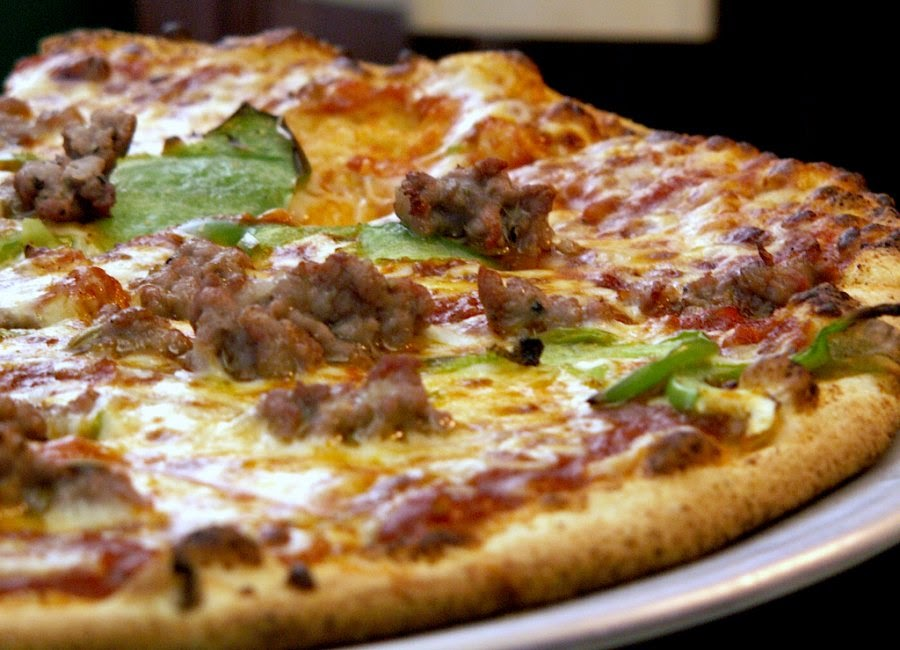 http://www.foodrepublic.com/2011/10/11/sausage-pizza-has-its-day