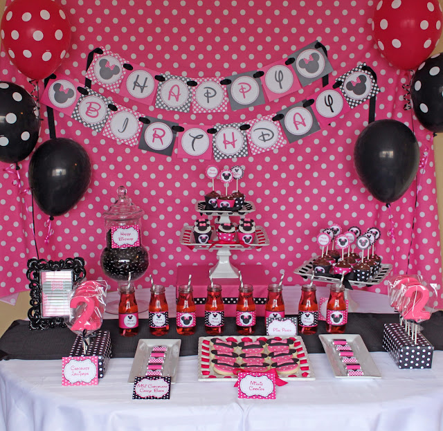 Minnie mouse birthday party for Baby minnie mouse party decoration ideas