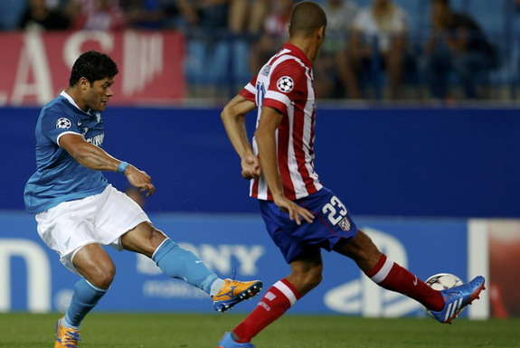 Zenit St Petersburg striker Hulk shoots to score the equaliser against Atlético Madrid