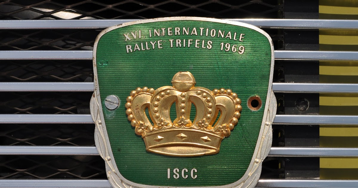 just a car guy rally badges in 912 and 911 porsche grills at the