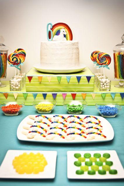 Dětská oslava v barvách duhy