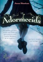 Capa do livro Adormecida, de Anna Sheehan (LeYa)