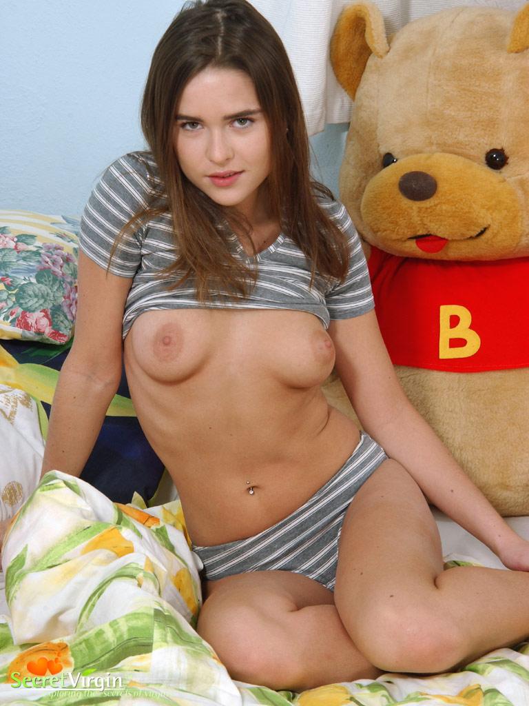 kate sackhoff nude scenes