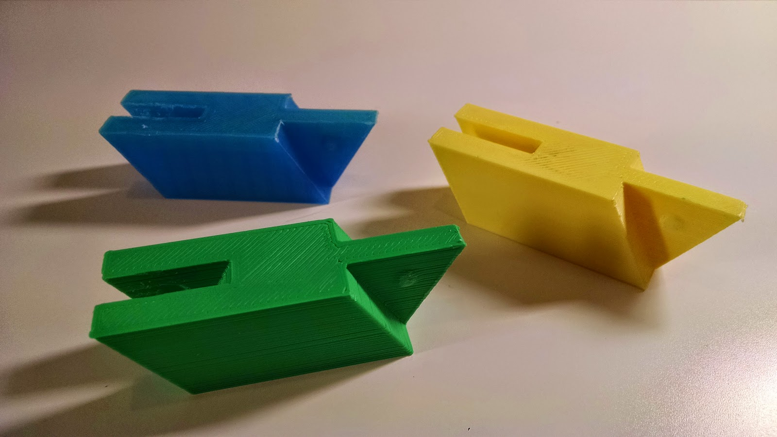 Maker club multi color 3d printing using snap together parts Making models for 3d printing