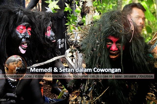 Memedi & Setan dalam Cowongan oleh Momom Klikmg - Fotografer Muda Indonesia