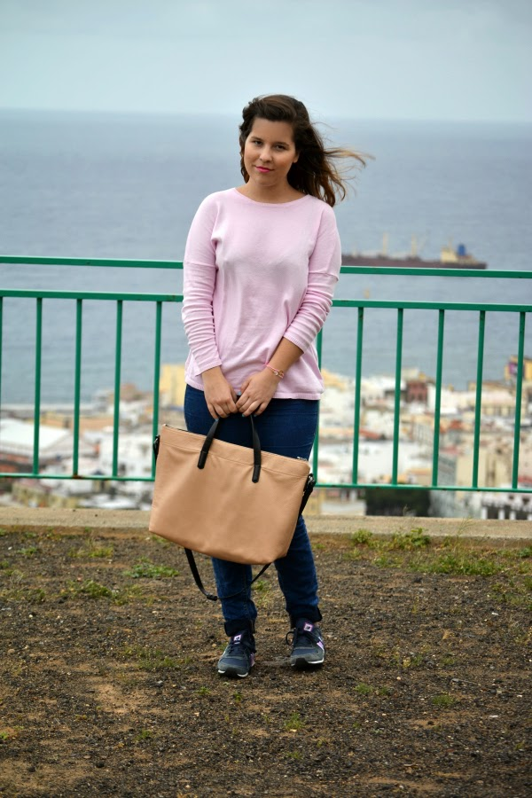 look_outfit_jersey_rosa_pastel_new_balance_chica_nudelolablog_01