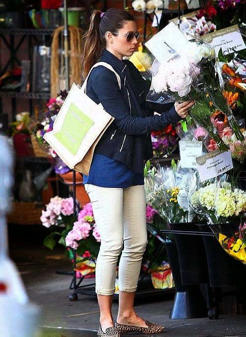 In smelling of sweet hue, the 32-year-old looks nice in her smart casual wear during a shopping session at Bristol Farms in West Hollywood on Friday, June 13, 2014.