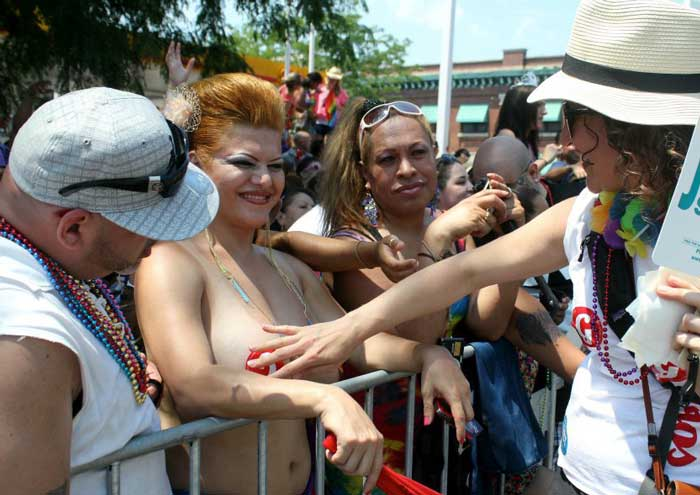 Chicago Pride Parade 2009 - YouTube