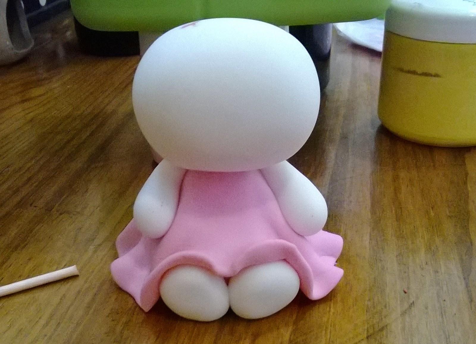 Kitty. Porcelana. Adorno para Torta.
