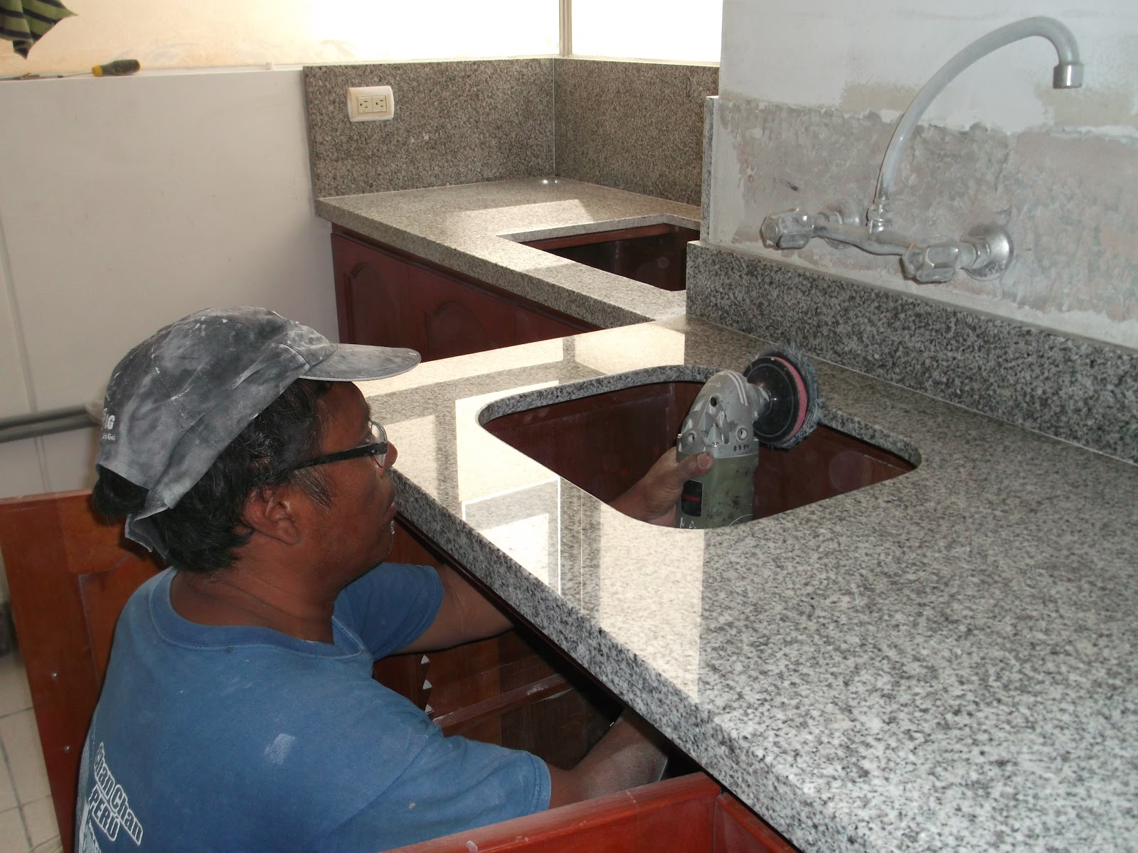 Topes encimeras cubiertas cocina marmol granito cuarzo - Tipos de marmol para cocina ...