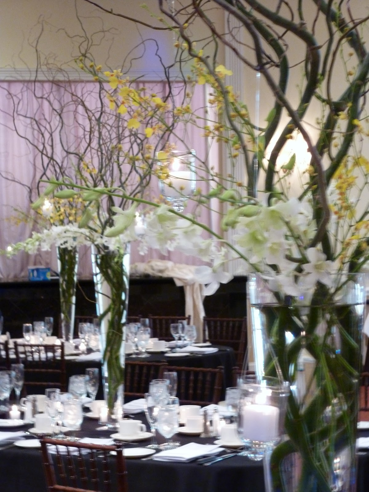 Ny engagements llc planning bridal blog orchids and curly look for those that are not big flower fans but want to still have pieces that make a statement in a room with very high ceilings trumpet vases with reviewsmspy