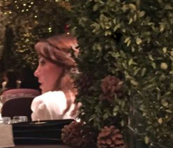 Catherine, Duchess of Cambridge, was spotted having dinner with Carole and Pippa Middleton at the Clos Maggiore restaurant