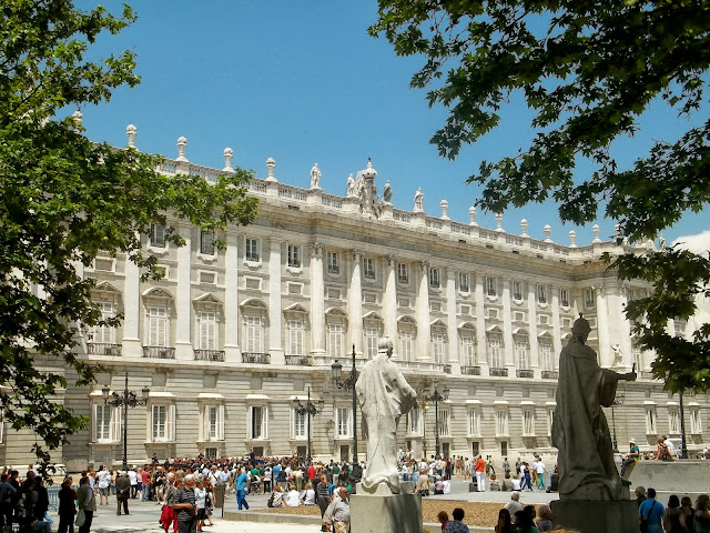 Royal Palace of Madrid on Semi-Charmed Kind of Life