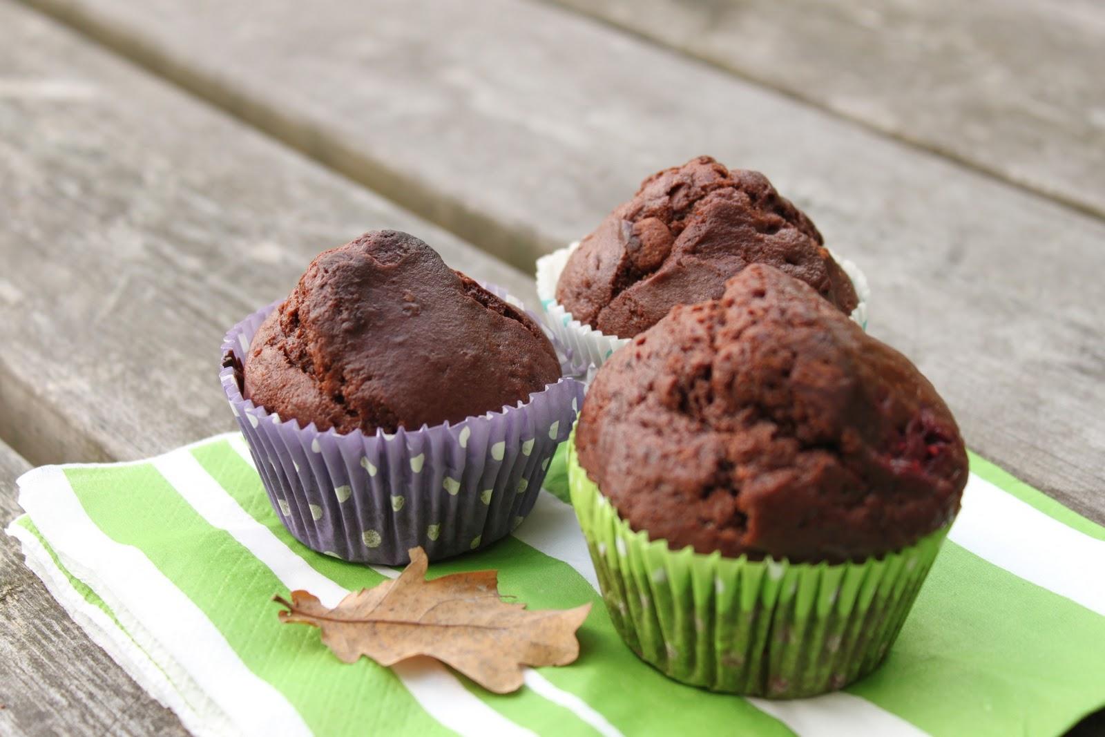 hallon och chokladmuffins