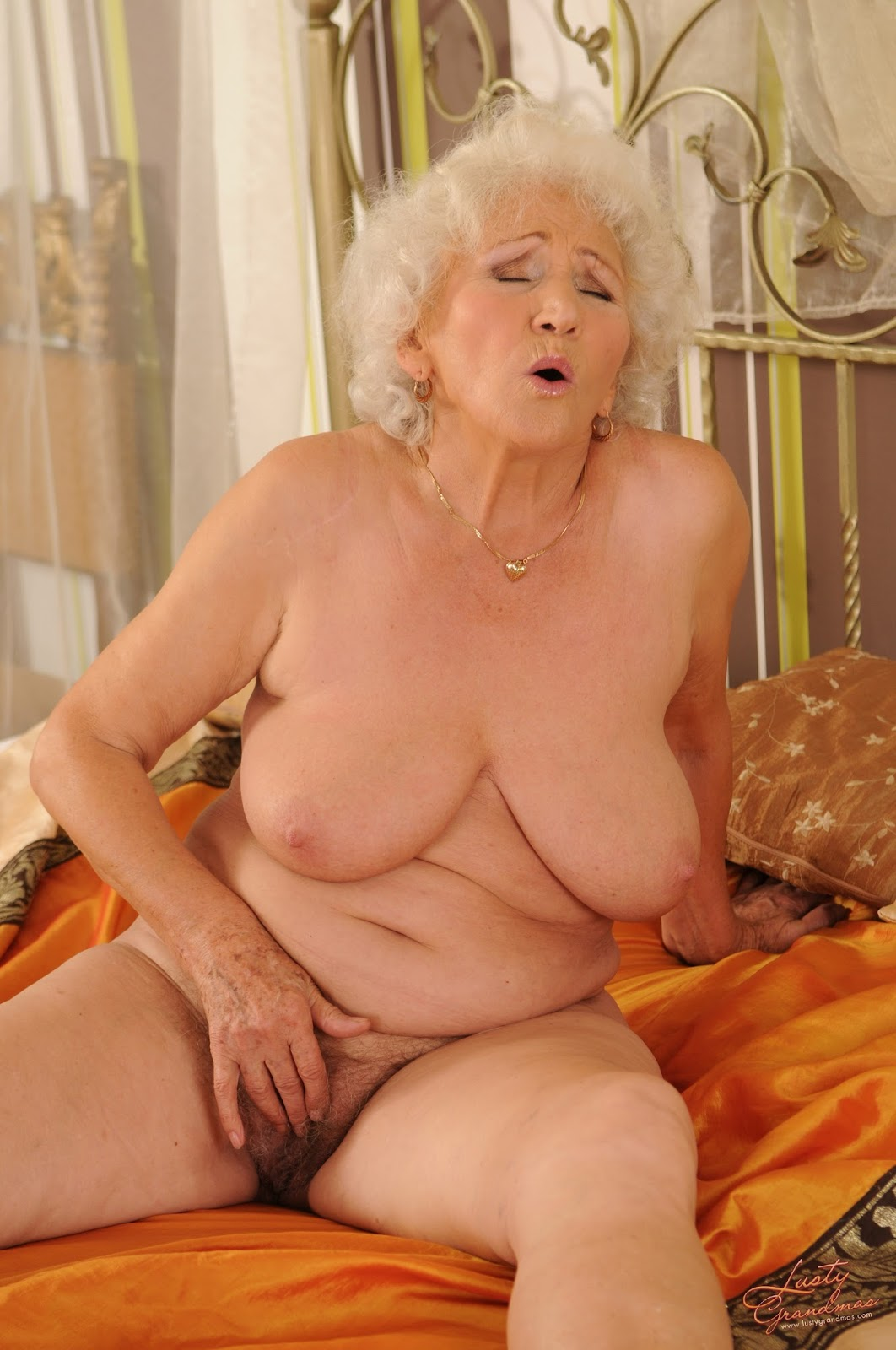 naked sex of grandmother