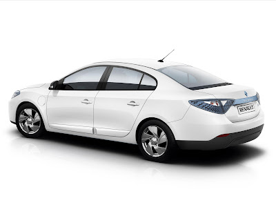 renault fluence 2011. Renault Fluence launching on
