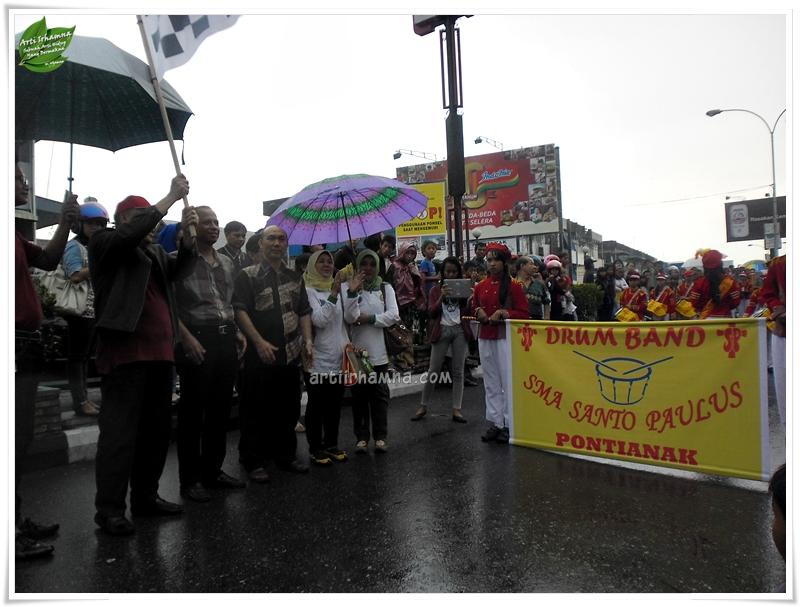 Fashion Road dan Marching Band SMA Pontianak