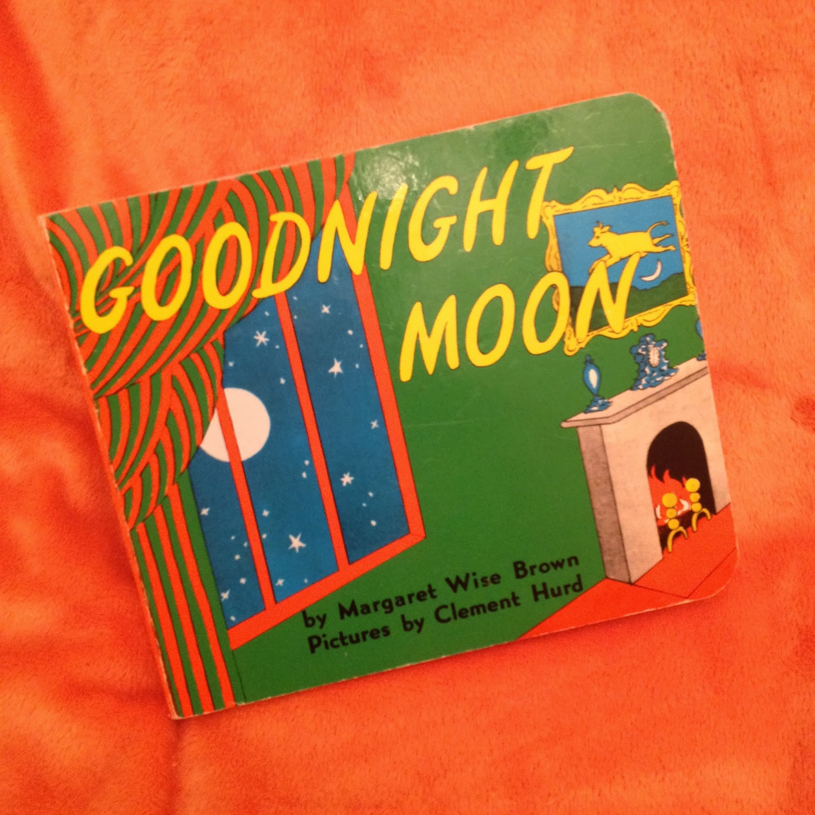 mamasVIB | V. I. BOOKCLUB: Build a classic library for kids (Goodnight Moon) | Build a classic library | Goodnight Moon | sunday night book club | classic baby books | Kids library | mamasVIB