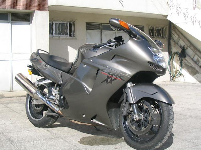 Gambar Sepeda Motor Honda CBR 1100xx Blackbird 09